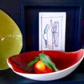 """Assiette creuse en porcelaine """"ton élan"""", design céramique Elsa Dinerstein, création originale, art de la table contemporain et créatif, vaisselle pour chef, gastronomie, métiers d'art, art and craft"""